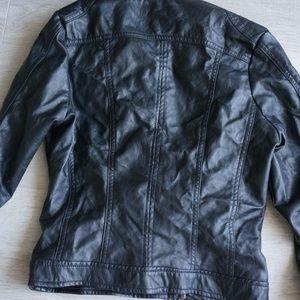 J-2 Jackets & Coats - J-2 Textured Crop Faux-Leather Jacket